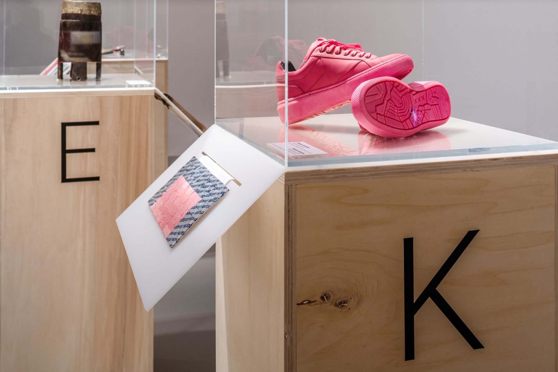 Sneaker Gumshoe with a sole made of recycled gum, Cooperation between I amsterdam x Explicit Wear x Gum-Tec, Netherlands, 2018