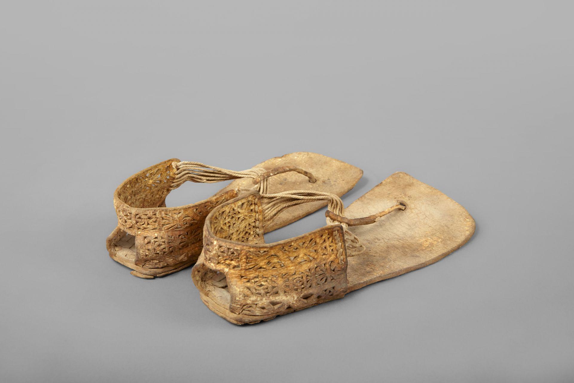 Zehenstegsandalen mit T-Bindung, Peru, 300−200 v. Chr.